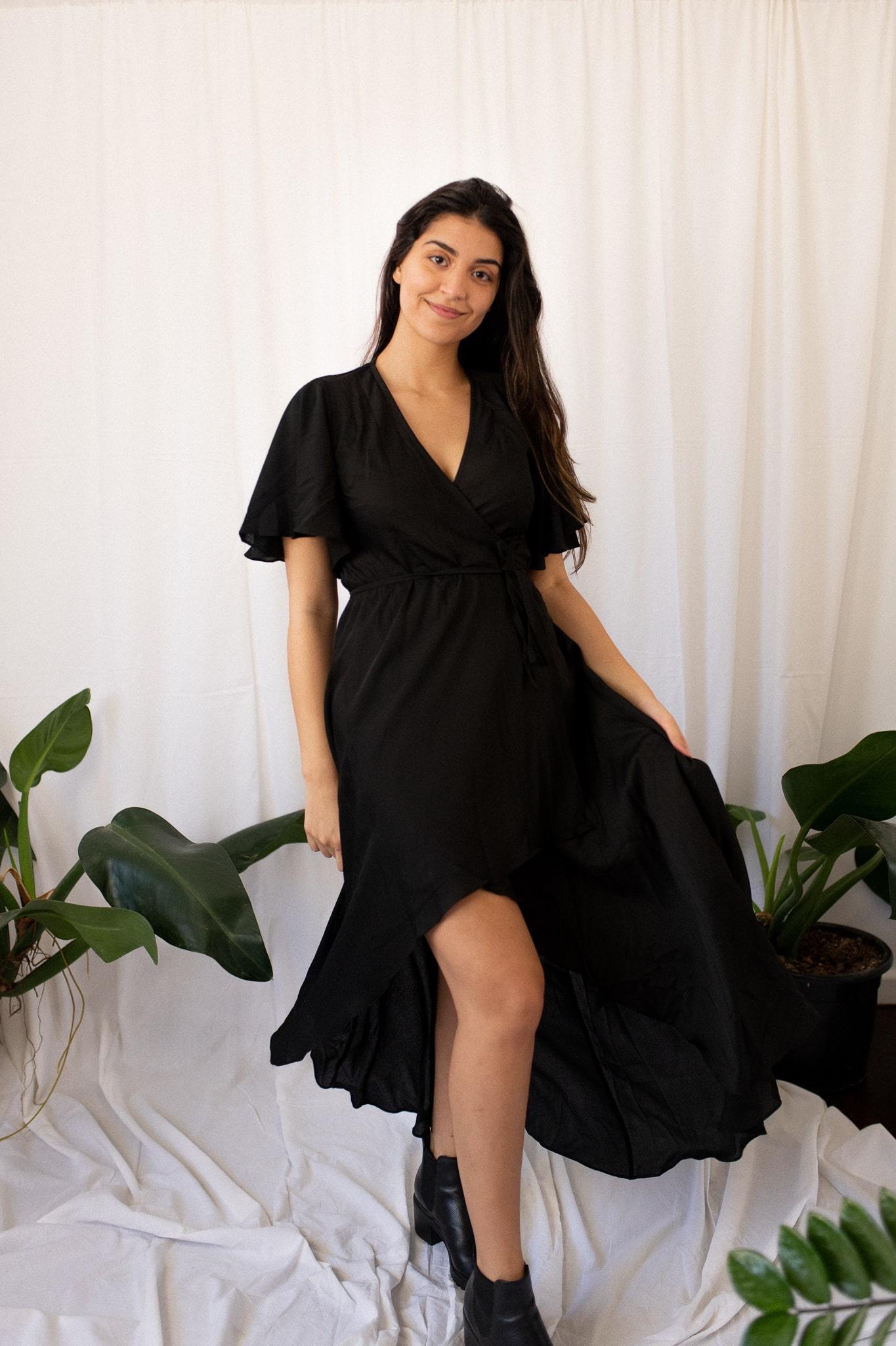 Vestido transpassado preto