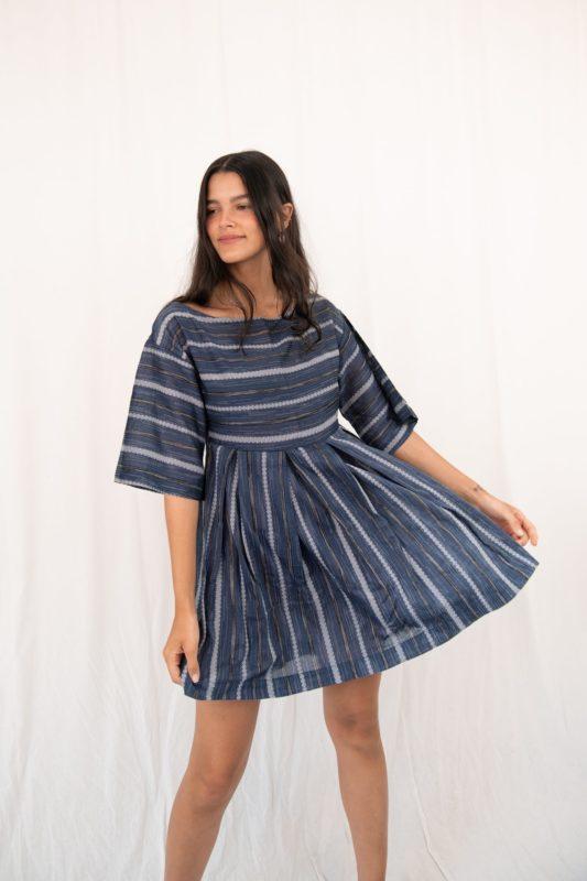Vestido soltinho texturizado